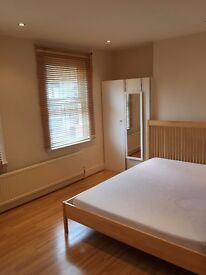 DOUBLE ROOM! CAMDEN TOWN AREA! 170PW!