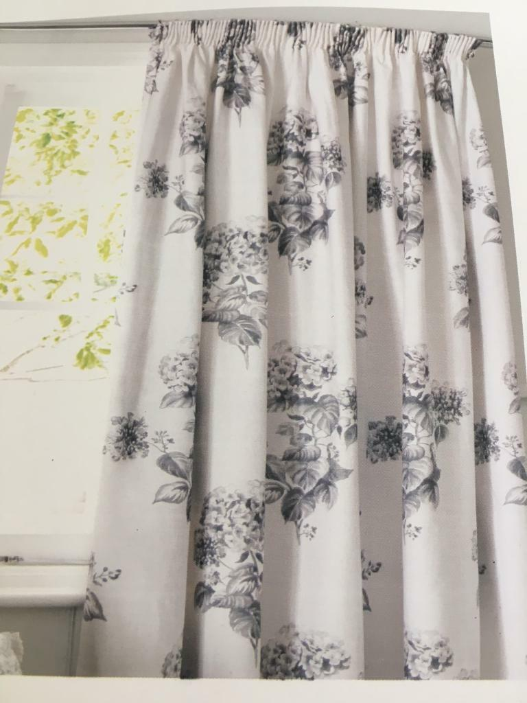 Next Curtains still in packetin Bonnybridge, FalkirkGumtree - Next Curtains still in packet for sale. Gorgeous quality curtains, standard size. White & grey colouring, unfortunately are too small for my living room window