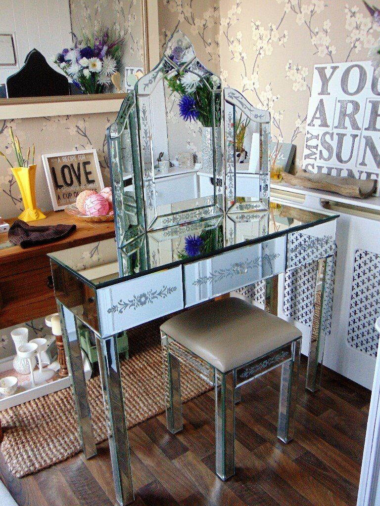 Mirrored Vanity Table And Stool: Mirrored Glass Dressing Table Mirror And Stool