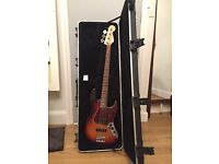 2011 American Fender Jazz Bass Standard in Excellent Condition - Barely Played
