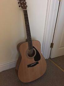 Yamaha F310 Acustic Guitar