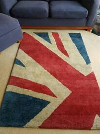 Gorgeous wool carpet rug