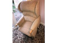 HSL Linton Super Petite Single Rise and Recliner