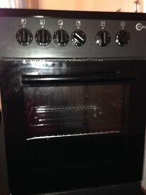Black cooker 14 months old ,Excellent working order