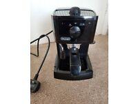 De'Longhi EC146.B Espresso Cappuccino Maker