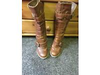 Ladies heeled boots size 5