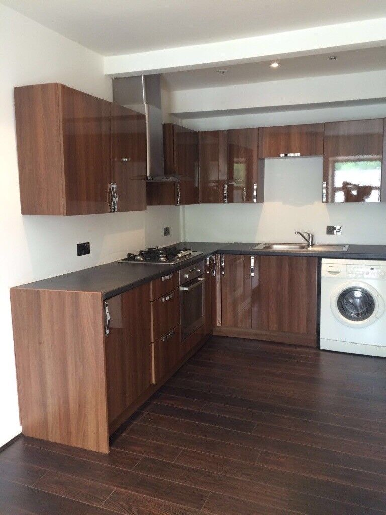 Excellent Spacious and Modern 2 Bedroom flat
