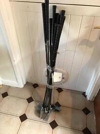 Set of 12 daiwa donnay golf clubs and putter £15 Ono
