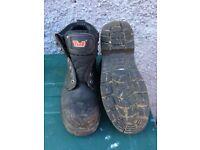 Tuf steel toe work boots size 8 £8