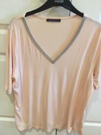 smart ladies pale pink decorative blouse/top. Marks & Spencer. 18/20. perfect condition.