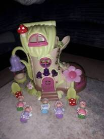 Happyland fairy boot house