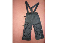 BOY's SKI TROUSERS VERY GOOD CONDITION
