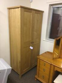 Oak wardrobe *free delivery*