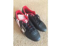 Women's rugby/football boots