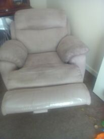 2 seater sofa with chair recliners