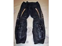 Wolf Race Trousers