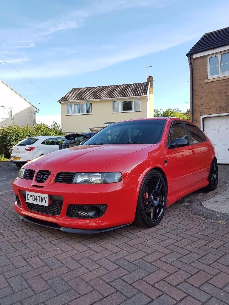 seat leon cupra r 2004 fsh 77k red mot 269bhp exceptional condition for year in cheltenham. Black Bedroom Furniture Sets. Home Design Ideas