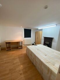 BEAUTIFUL LARGE DOUBLE ROOM FOR RENT IN HOUNSLOW