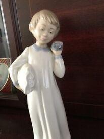 Zephir Porcelain Boy with Clock