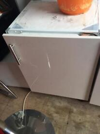 Intergraded fridge and freezer