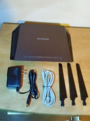 NETGEAR Nighthawk AC1900 1GHz Dual-Band Wi-Fi Router Black R7000-
