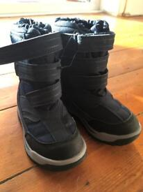 NEW Next snow / winter boots size 7 boys
