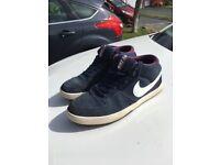 Nike Sb mids size 8