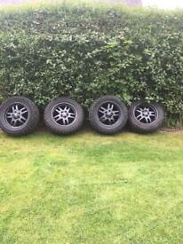 Land Rover wheels & tyres