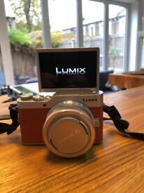 Digital Camera - Panasonic GX800