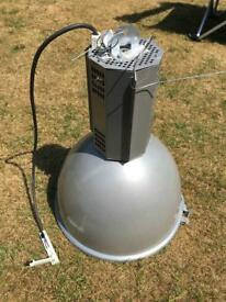 4 large commercial spotlights/lamps