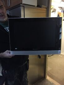 """19"""" TV-DVD comes with wall bracket"""