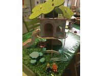 Rosebud painted wooden treehouse by ELC,