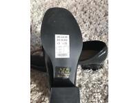 SALE!! New Look Shoes Black Size 5