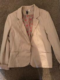 Nude colour blazer nearly new size 14