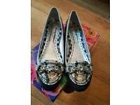 Size 6 brand new Beverly Feldman Russell & Bromley shoes