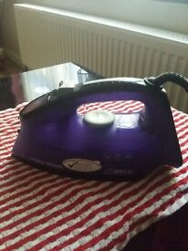 steam iron in good and working order