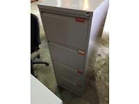 Metal filing cabinet - 4 drawer