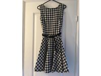 Dogtooth New Look Dress - Size 12