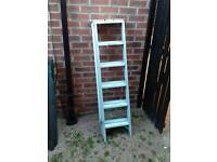 Loft ladder extendable