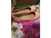 New size 6 coral shoes rrp £22
