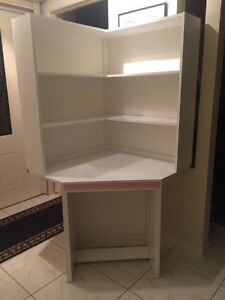 White corner desk with shelves Lidcombe Auburn Area Preview
