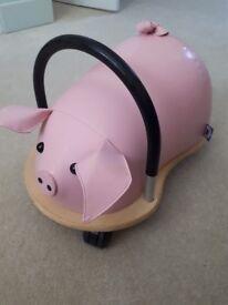 Pig Large Wheely Bug