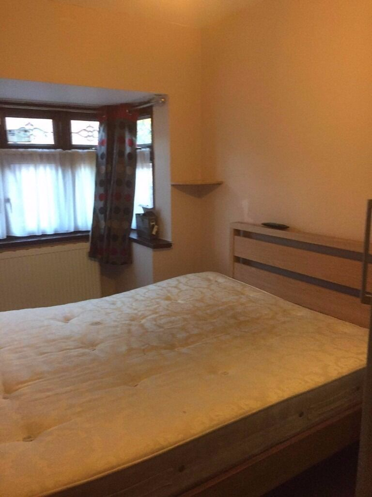 One Bed / Studio in Ilford including Bills
