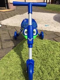 Blue Scuttlebug, like new