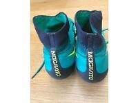 NIKE magista Socks Boots UK size 5 Boys