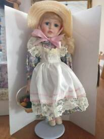 Beautiful mint condition collectable doll/ gift / decoration