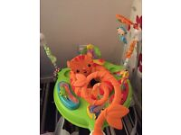 Fisher price jumperoo EXCELLENT CONDIOTION LIKE NEW, used for a month if that not a mark on it