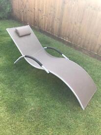 Garden sun lounger chair