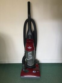 Vax Swift Bagless 1600 watt hoover/vacuum cleaner full working order with all tools