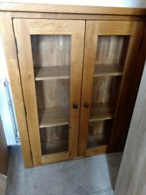 Oak bookcase. Well made . Very heavy